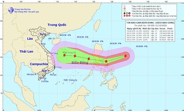 Siêu bão Goni giật trên cấp 17 đang tiến vào gần Biển Đông