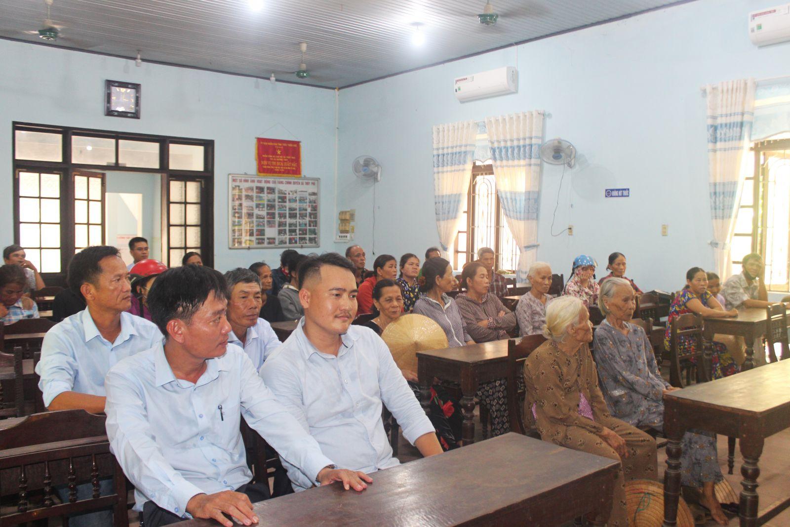 Chương trình từ thiện tại xã Thủy Phù